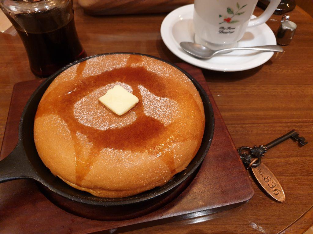 ドトールコーヒー農園窯焼きパンケーキスフレ